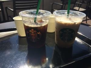 アイスコーヒーとコーヒーフラペチーノ